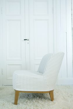 Stockholm chair Hounds Tooth Sand Beige