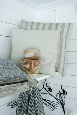 Linen cushions 2