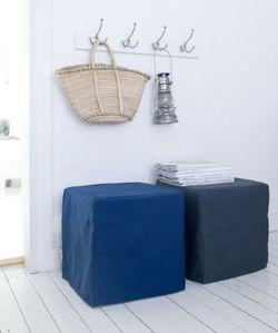 Linen cubes