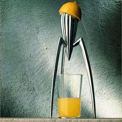 Starck juicer