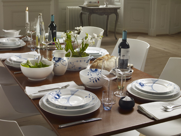 Table setting royal copenhagen