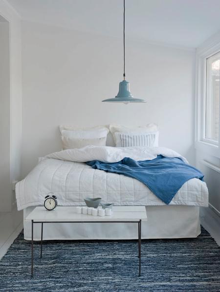 Straight Bed Skirt in  Soft White Belgian Linen Blend