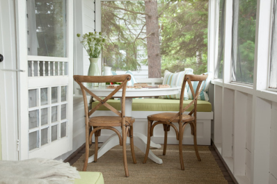 Porch in Room to Grow on HGTV CA