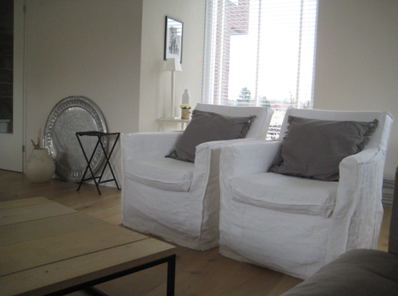 Karlstad armchairs Absolute White Rosendal Pure Washed Linen from Sandra