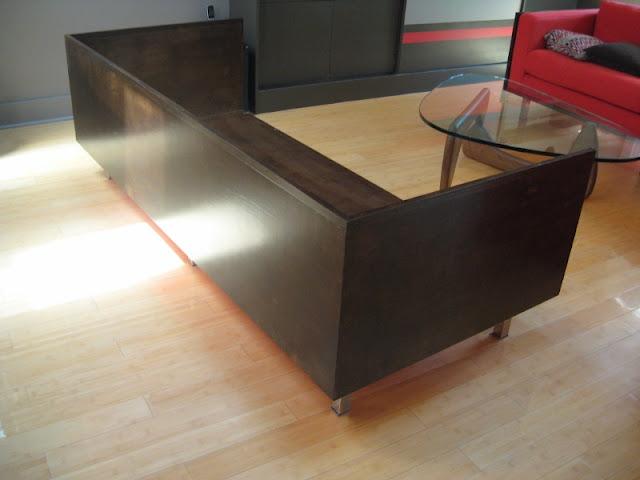 Snug-fit plywood box