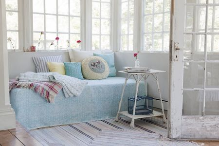 Daybed cover in Pale Turquoise New Baroque from Bemz