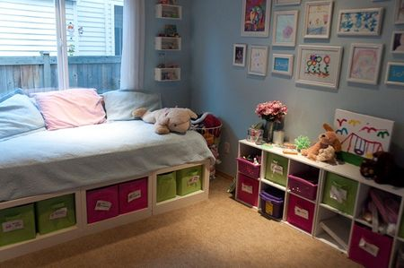 Daybed in kids room. Photo from The Perfectly Imperfect Life
