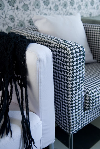 Klappsta armchair in Dusty Rose Houndstooth cover  from Bemz