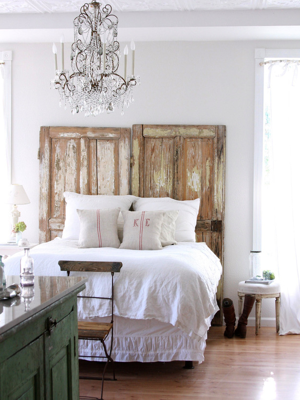 Original_Maria-Carr-door-headboard HGTV