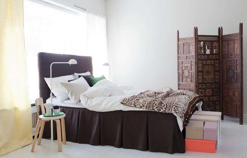 Bemz bed skirt with pleats in Mocha Belgian Linen Blend and Bemz cover for Bådalen headboard in Mocha Belgian Linen Blend