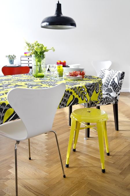 Bemz cover for Nils chair in Black&White Coconut Grove, design Designers Guild