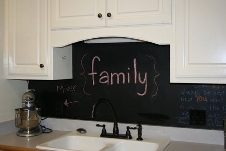 Blackboard splash back idea via cupboardsonline.com