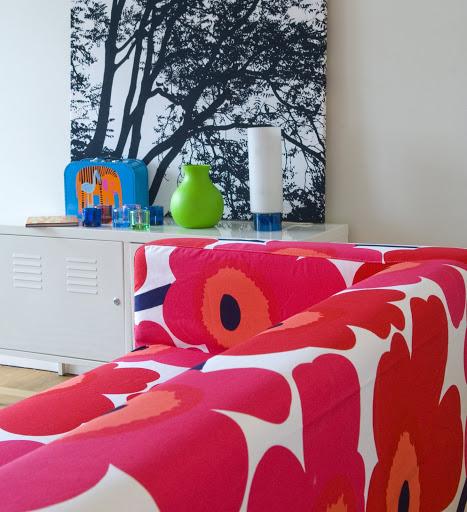 Bemz cover for Klippan sofa in Red Unikko, design Marimekko