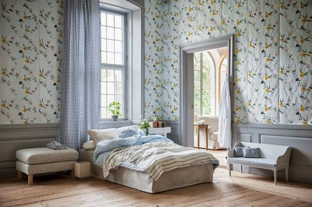 Bemz curtains in Vreta Gingham Blue&White, Straight bed skirt in Sandhamn Stripe Blue&White, Bed Spread in Cloud Brera Fino by Designers Guild, Assorted cushion covers from Bemz