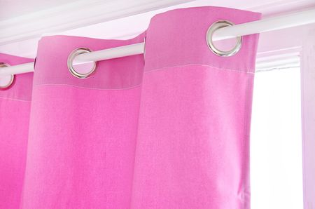 Eyelet curtain in Candy Pink