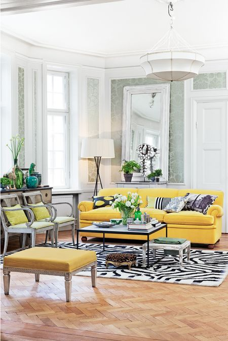 Yellow_livingroom